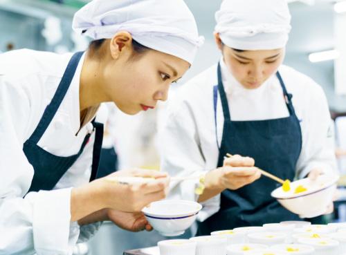 2年制専門調理・製菓製パン・福祉調理科画像